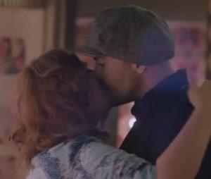 مجدداً في شارع شيكاغو ..قبلة حميمة بين سلاف فواخرجي ومهيار خضور