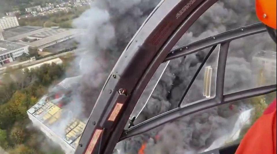 حريق ميناء مدينة لوهافر
